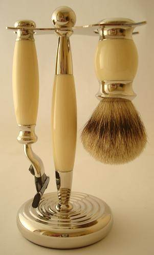 Progress Vulfix Edwardian razor and brush set