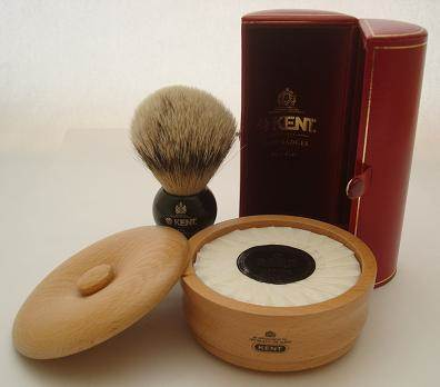Kent BLK4 shaving brush with SB1 light wood shaving bowl
