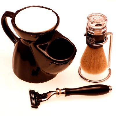 Black Pottery Shaving mug, Mach 3 razor, Synthetic shaving brush and chrome dripstand