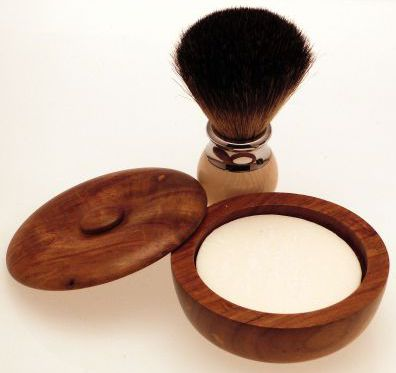 Diamond Edge Dark Badger shaving brush, cream with small wood shaving bowl