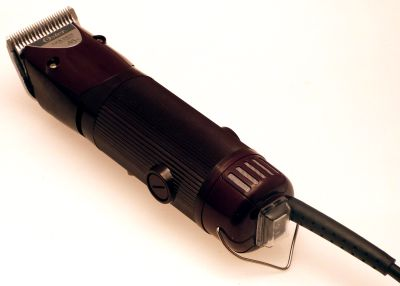 Oster A5 2 speed dog grooming clipper