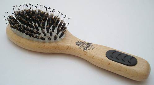Kent PF02 Bristle/nylon hairbrush, small